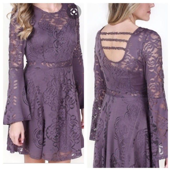 Altar'd State Dresses & Skirts - Altar'd State Lace Fit & Flare with Bell Sleeve